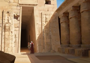 max-fieve-ext-091517-egyptiantemple-mf-07